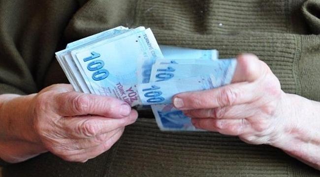 Emeklilere karşılıksız ödeme